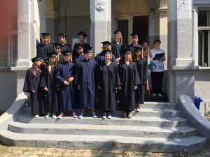 svecana-podjela-svjedodzbi-maturantima-2016-13